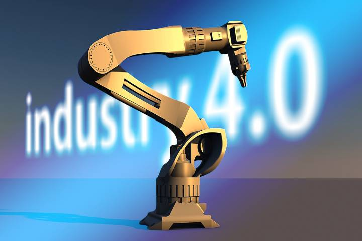 Industrial Internet of Things (IIoT) vs. Industry 4.0 – The Significant Comparison